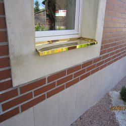 Fensterblech aus Verzinktenblech Vergoldet